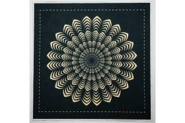 Panel poduszkowy - złota mandala, czarne tło
