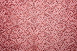 Organtyna - czerwony wzór na czerwonym tle