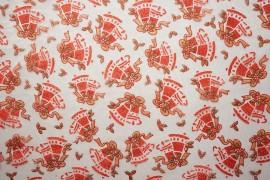 Organtyna - czerwone dzwonki na białym tle