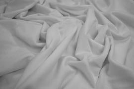 Flanela w kolorze białym