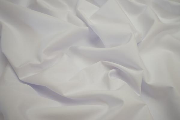 Bawełna popelina w kolorze białym