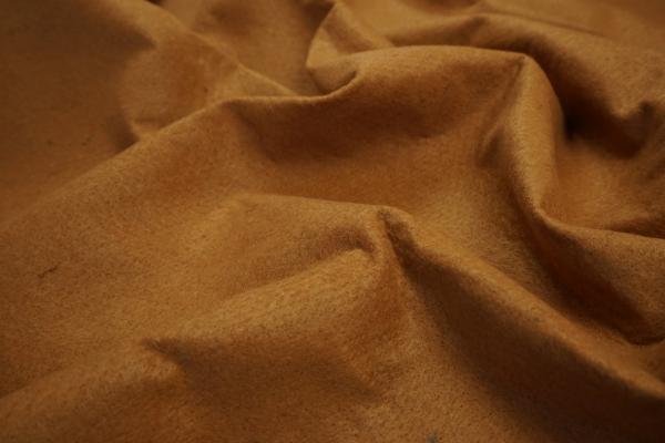 Filc w kolorze karmelowym o grubości 1,5 mm
