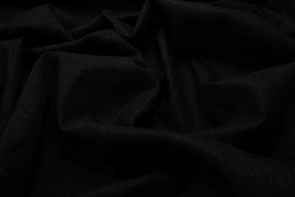 Tkanina lniana w kolorze czarnym