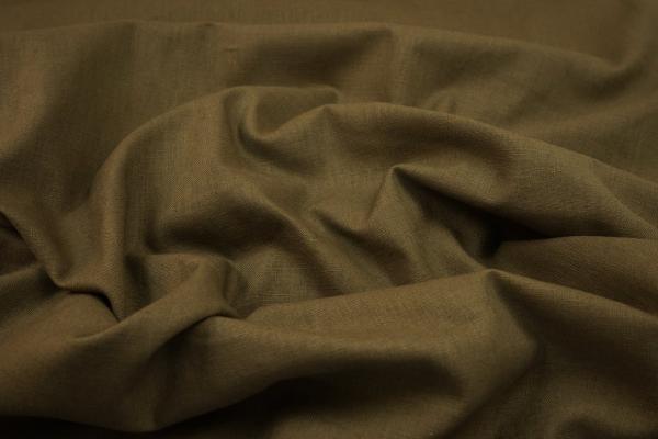 Len z wiskozą w odcieniu koloru brązowego