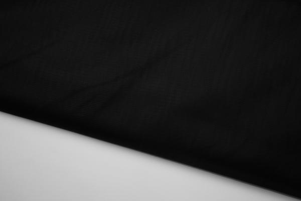 Tiul w kolorze czarnym