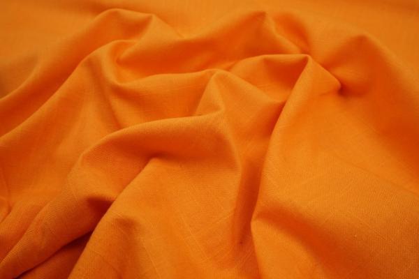 Len z wiskozą w kolorze pomarańczowym