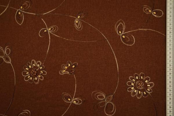 Len z wiskozą haftowany w kolorze brązowym zdobiony koralikami