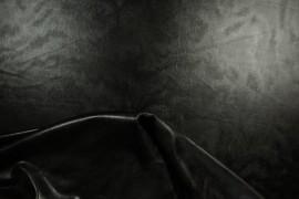 Lama gładka w kolorze czarnym
