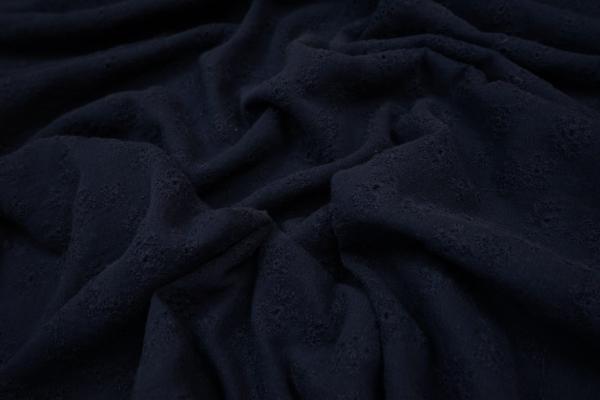 Bawełna haftowana w kolorze granatowym