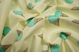 Bawełna drukowana turkusowe lody na jasnozielonym tle