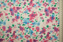 Bawełna drukowana w różowe i niebieskie kwiaty