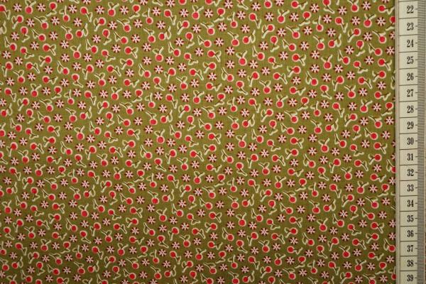Bawełna drukowana w kolorze oliwkowym w czerwone wisienki