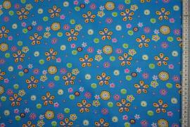 Bawełna popelina w kolorze niebieskim w kolorowe kwiatki