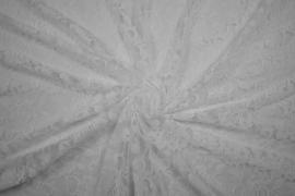 Koronka w kolorze białym