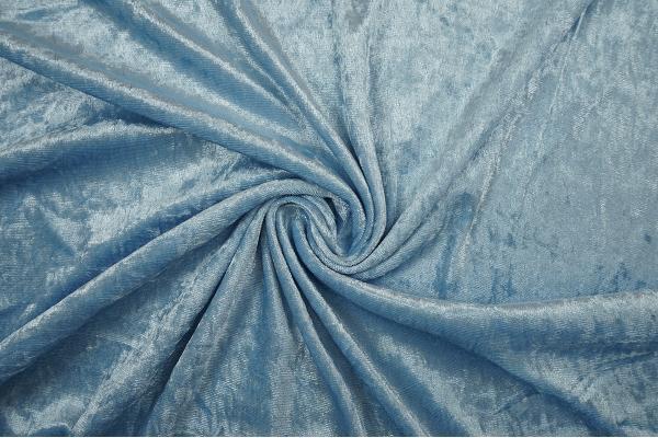 Welur w kolorze błękitnym