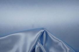 Satyna jedwabna w kolorze błękitnym