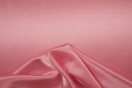 Satyna żorżeta w kolorze różowym