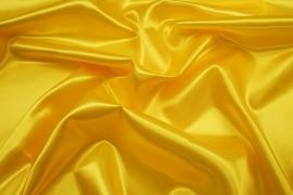Satyna w kolorze żółtym