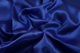 Satyna w kolorze ciemnoniebieskim