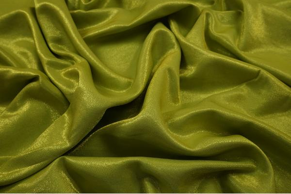 Satyna diamentowa w kolorze wiosennej zieleni