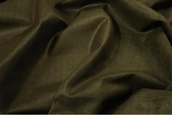 Tkanina kamuflażowa pikowana w kolorze oliwkowym