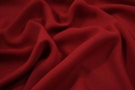 Tkania żorżeta w kolorze czerwonym