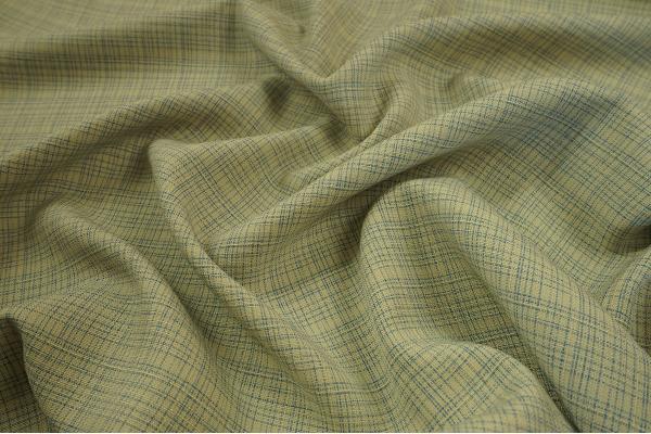 Tkanina sukienkowa w niebiesko-beżową kratkę
