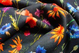 Len z wiskozą - kolorowe kwiaty na czarnym tle