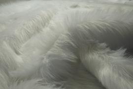 Futro w kolorze białym