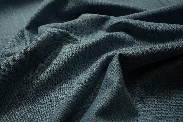 Tkanina tapicerska w kolorze błękitnym
