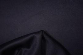 Tkanina wełniana w kolorze śliwkowym