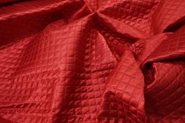 Tkanina pikowana w kolorze czerwonym