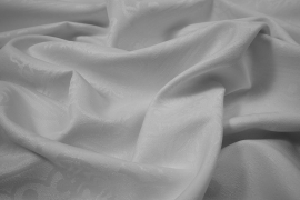 Tkania obrusowa w kolorze białym w bombki