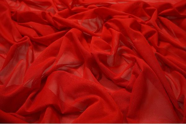 Tiul elastyczny w kolorze czerwonym