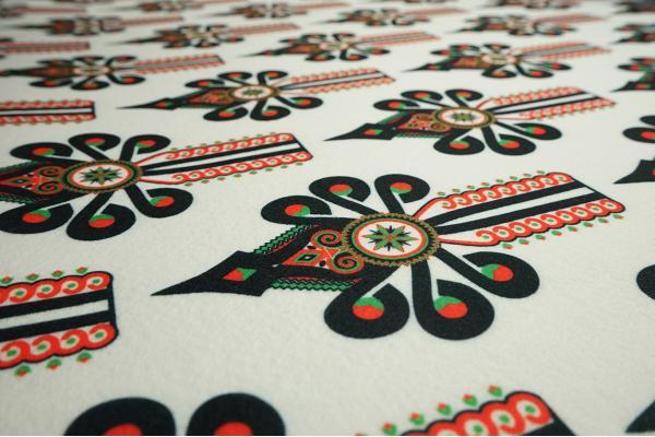 Filc drukowany - parzenice na białym tle