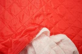 Podszewka pikowana w kolorze czerwonym