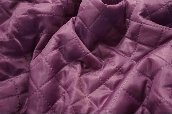 Podszewka pikowana w kolorze fioletowym