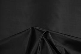 Podszewka w kolorze czarnym
