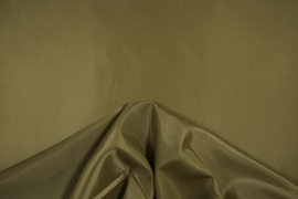 Podszewka w kolorze jasnooliwkowym