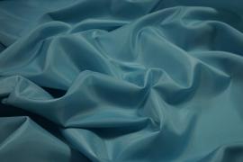 Podszewka w kolorze błękitno-turkusowym