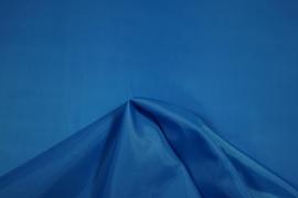 Podszewka w kolorze turkusowym