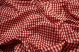 Podszewka drukowana w biało-czerwoną kratkę