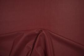 Podszewka dederonowa w kolorze bordowym
