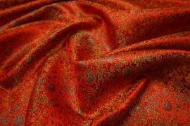Żakard w kolorze czerwonym