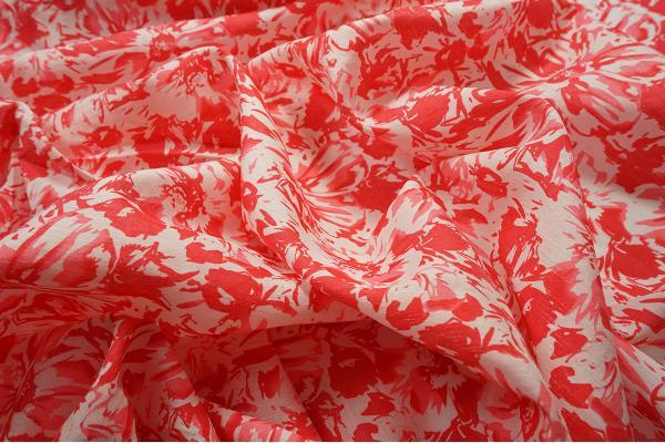 Sztuczny jedwab - kwiaty w odcieniach czerwieni