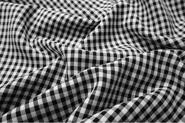 Tkanina dekoracyjna - kratka czarna mała