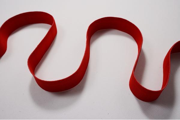 Taśma elastyczna w kolorze czerwonym, 3 cm