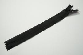Zamek kryty - czarny, 18 cm