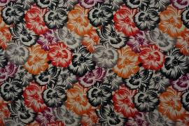 Tkanina dekoracyjna - kolorowe kwiaty