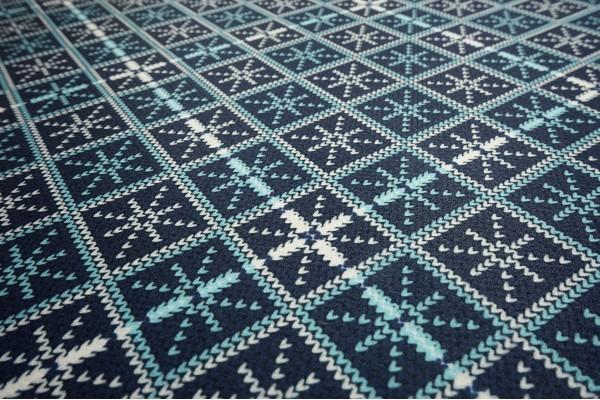 Filc drukowany - błękitne i białe śnieżynki